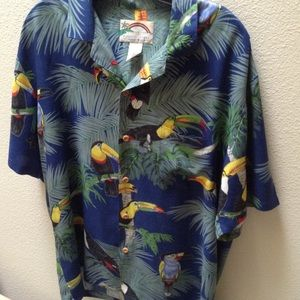 ALOHA!  Paradise Found USA brand Hawaiian Shirt